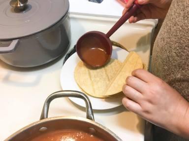 sauce tortillas